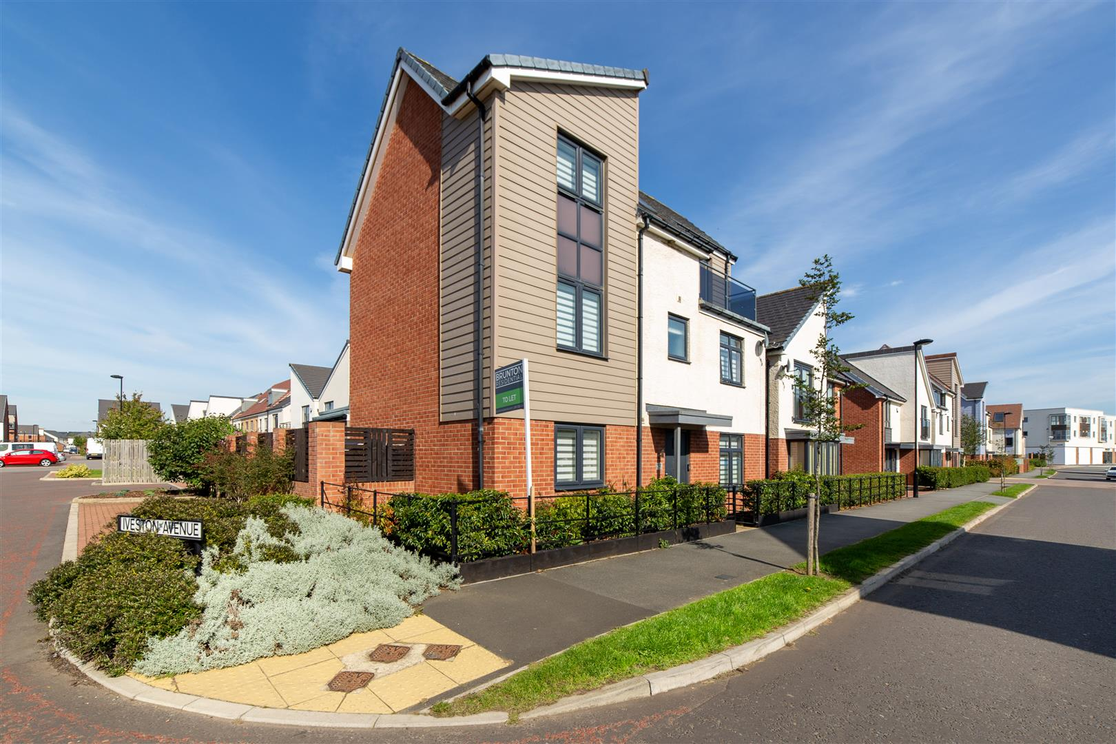 4 bed detached house to rent in Newcastle upon Tyne, NE13 9BQ  - Property Image 1