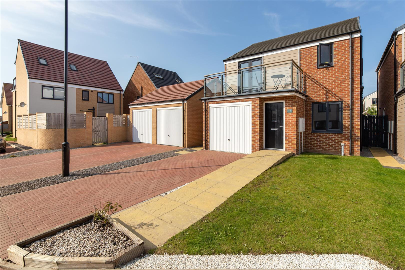 3 bed detached house for sale in Newcastle Upon Tyne, NE13 9DD, NE13