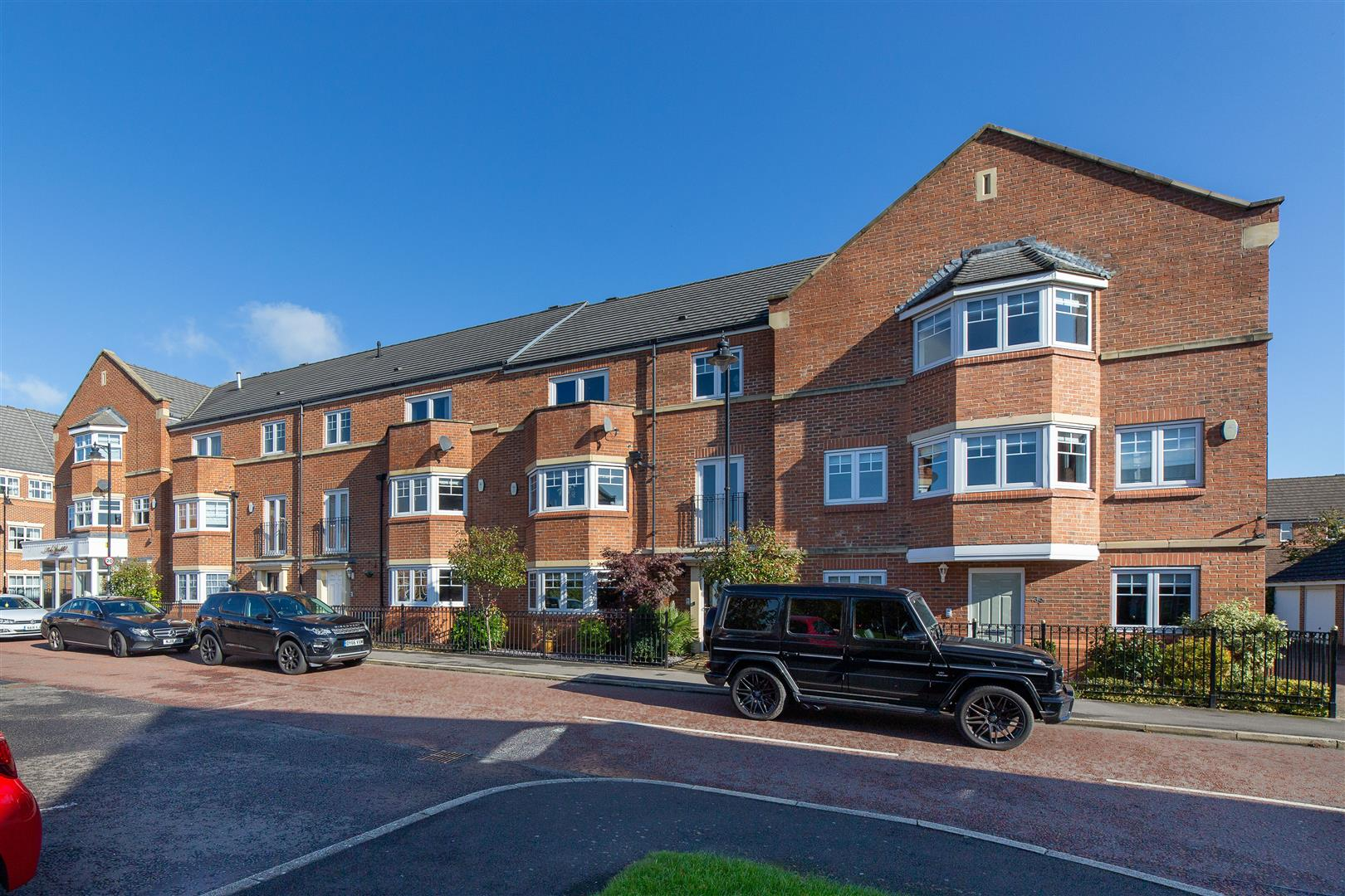 5 bed town house for sale in Newcastle Upon Tyne, NE3 5RF  - Property Image 1