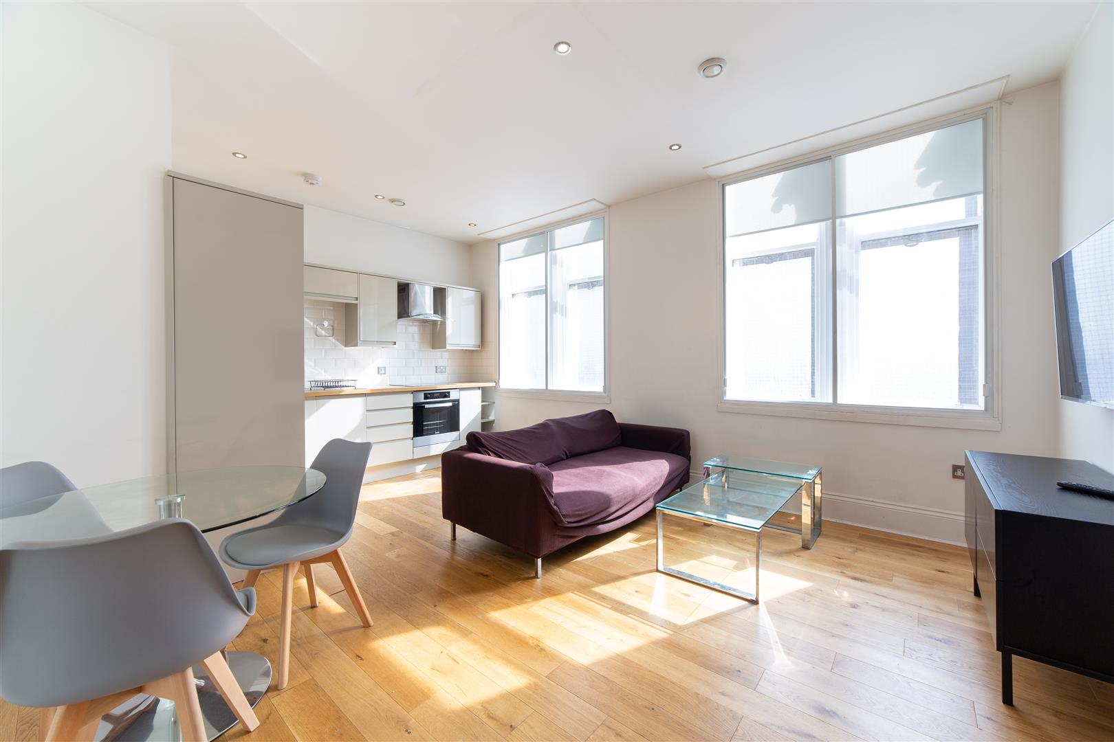 2 bed apartment to rent in Newcastle Upon Tyne, NE1 5JE 1