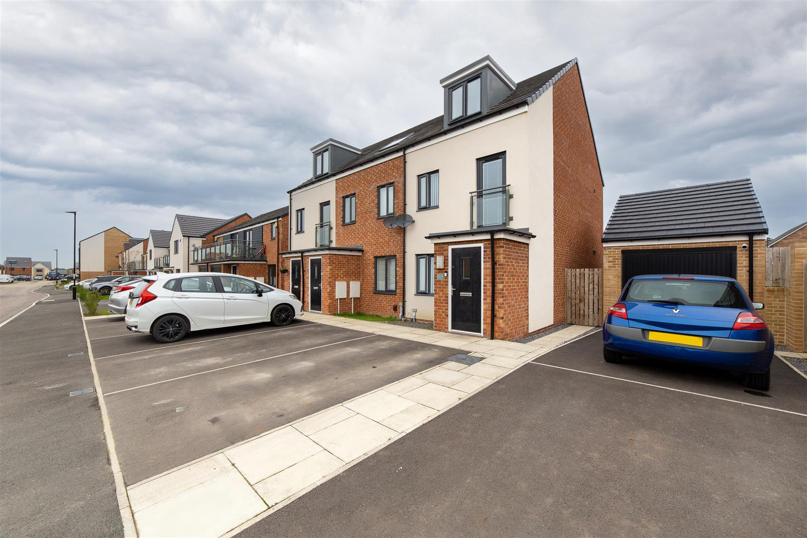 3 bed town house for sale in Orangetip Gardens, Great Park  - Property Image 1