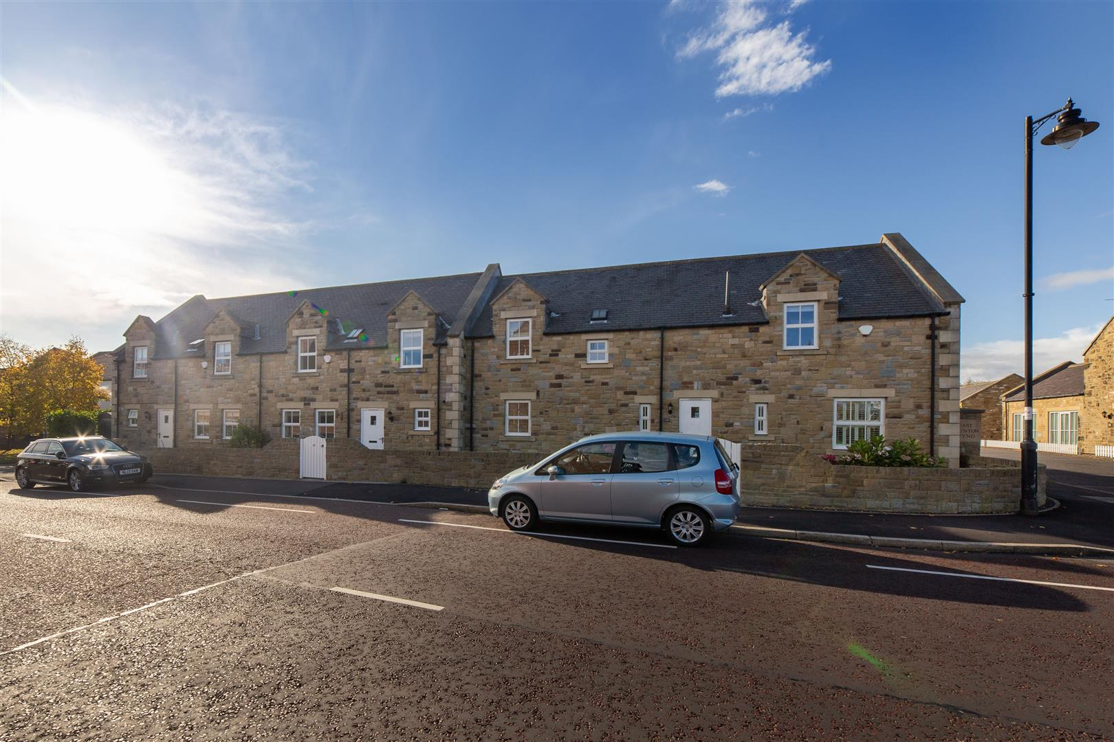 4 bed terraced house for sale in Newcastle Upon Tyne, NE13 7BR - Property Image 1