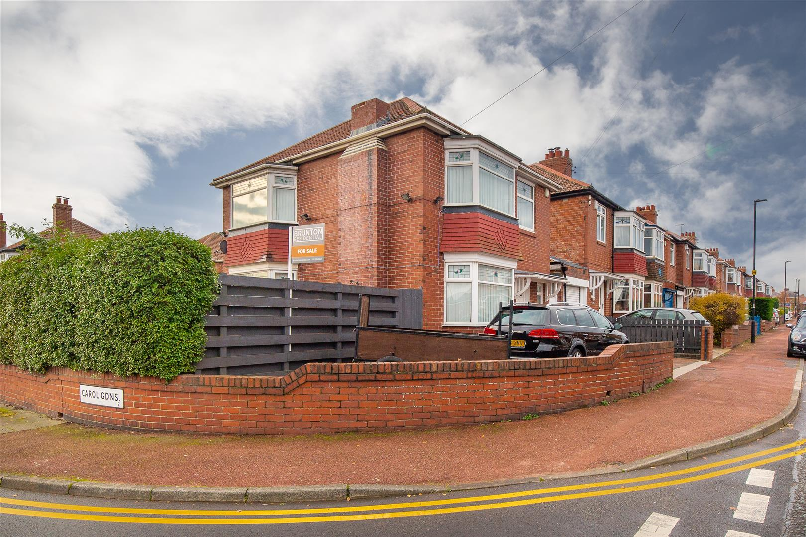 3 bed detached house for sale in Dovedale Gardens, High Heaton - Property Image 1