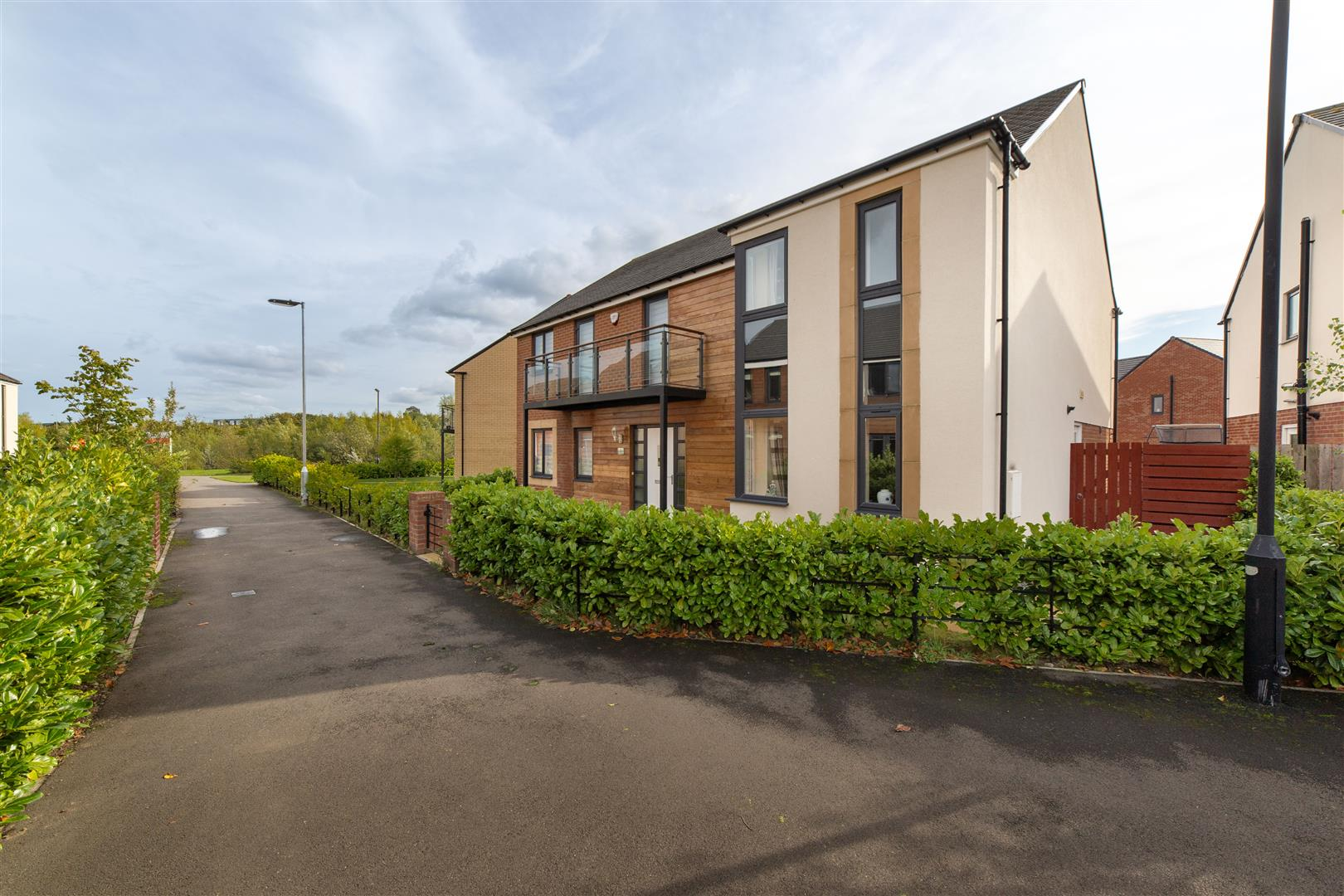 5 bed detached house for sale in Newcastle Upon Tyne, NE13 9AW  - Property Image 1