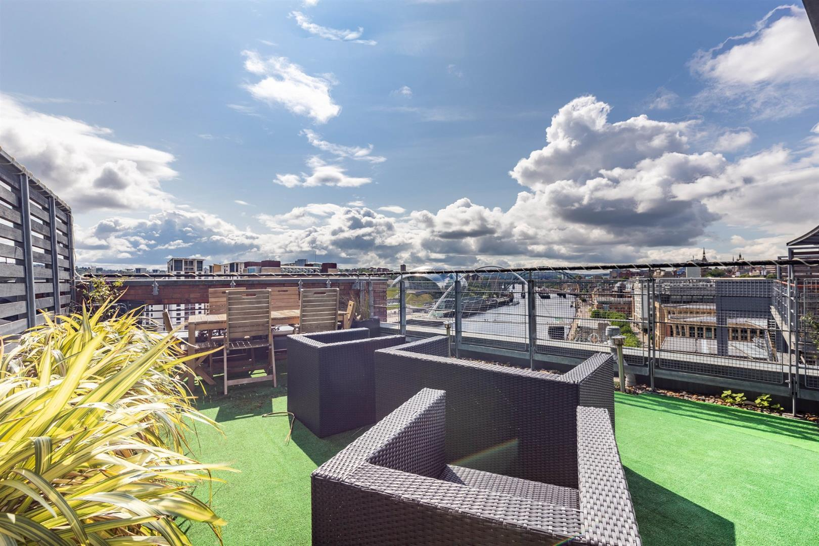 2 bed penthouse for sale in Newcastle Upon Tyne, NE1 3BB  - Property Image 11