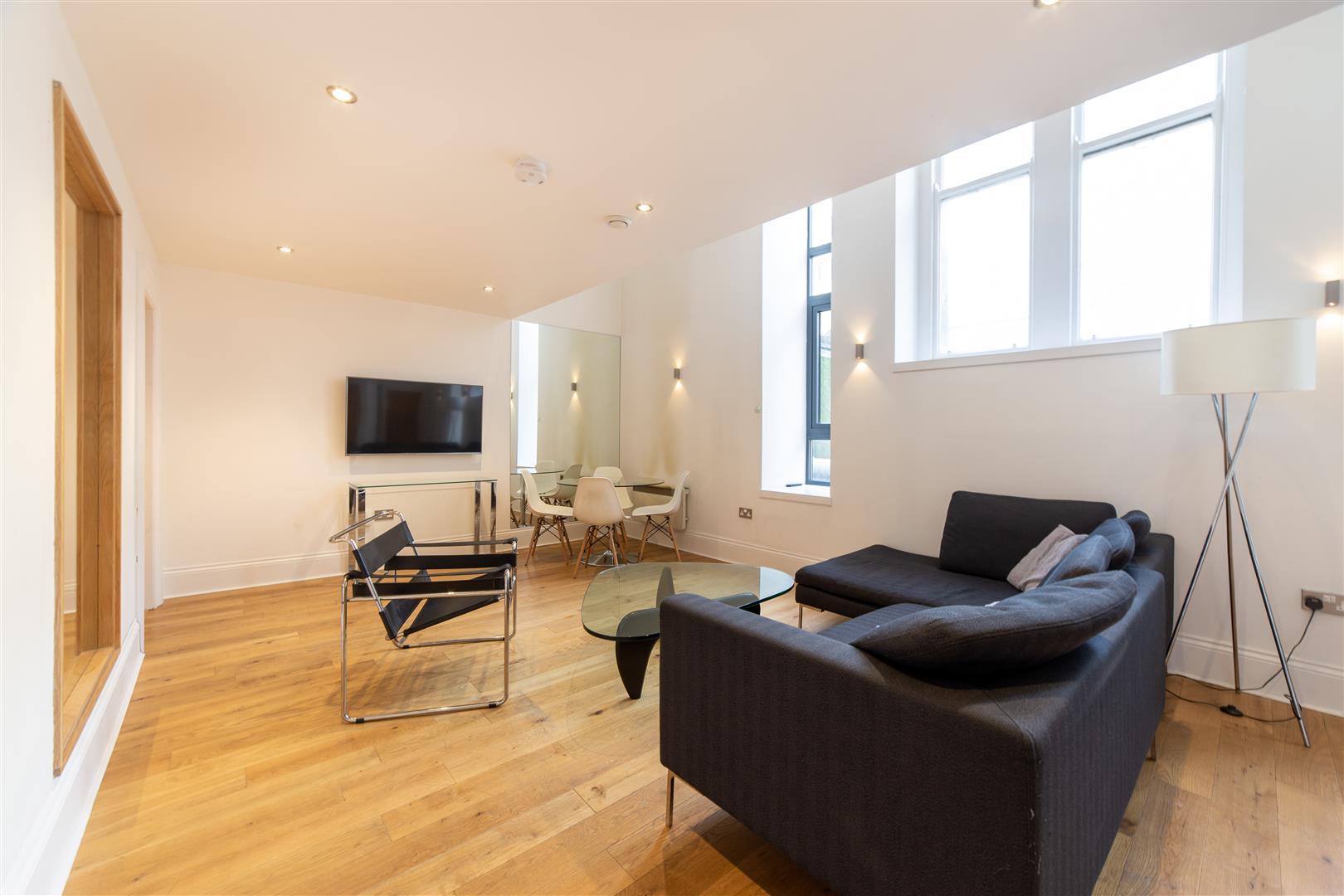 3 bed apartment to rent in Grainger Street, City Centre, NE1