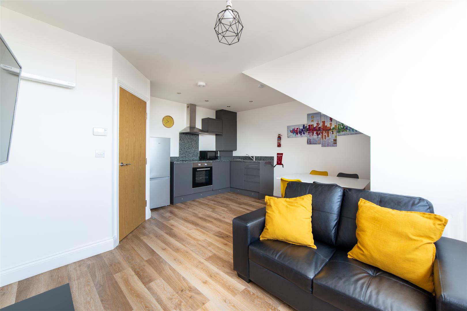 2 bed apartment to rent in Osborne Terrace, Jesmond, NE2