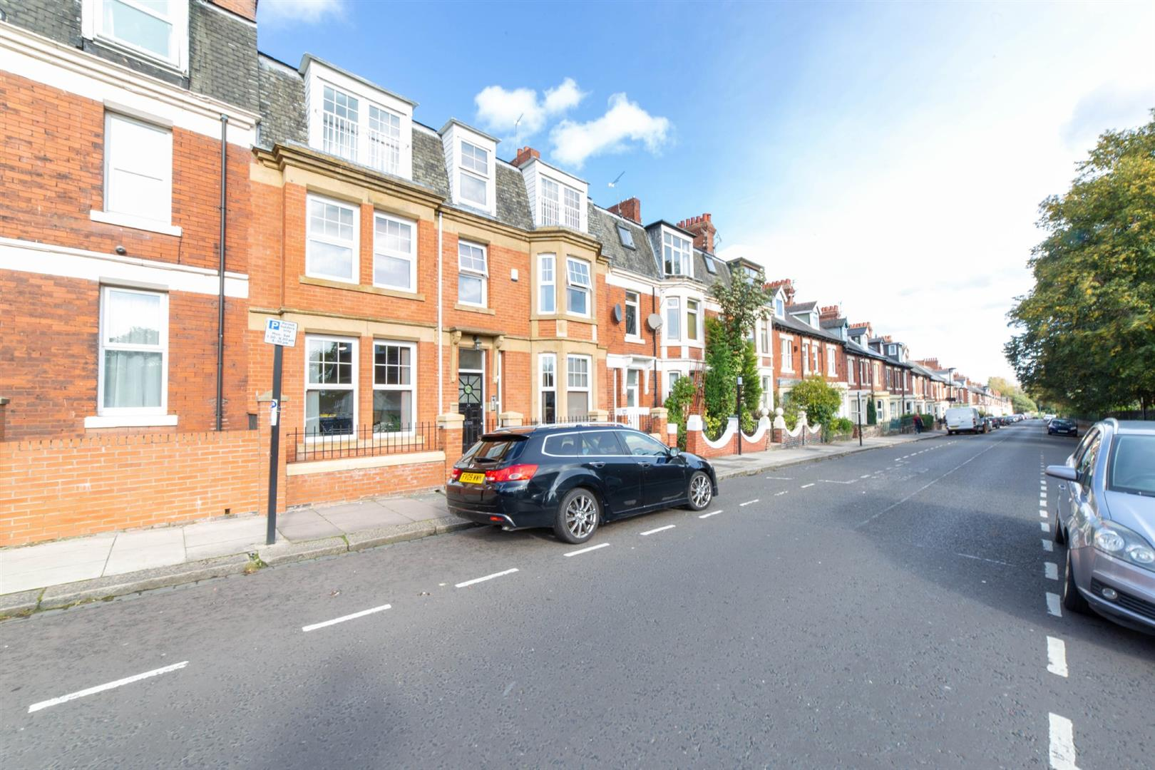 8 bed terraced house to rent in Newcastle Upon Tyne, NE2 1JS 4