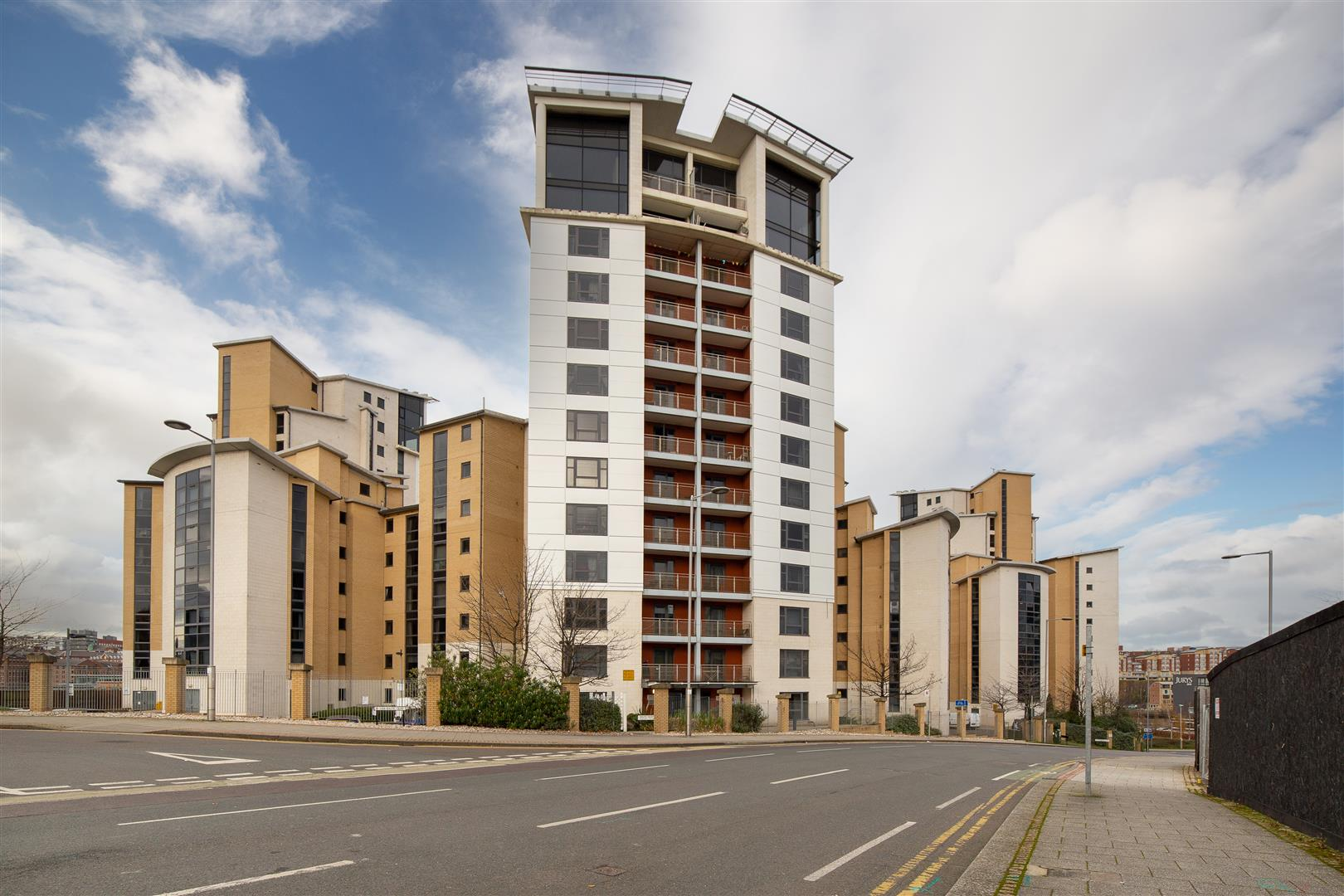 2 bed apartment to rent in Baltic Quay, Mill Road, NE8