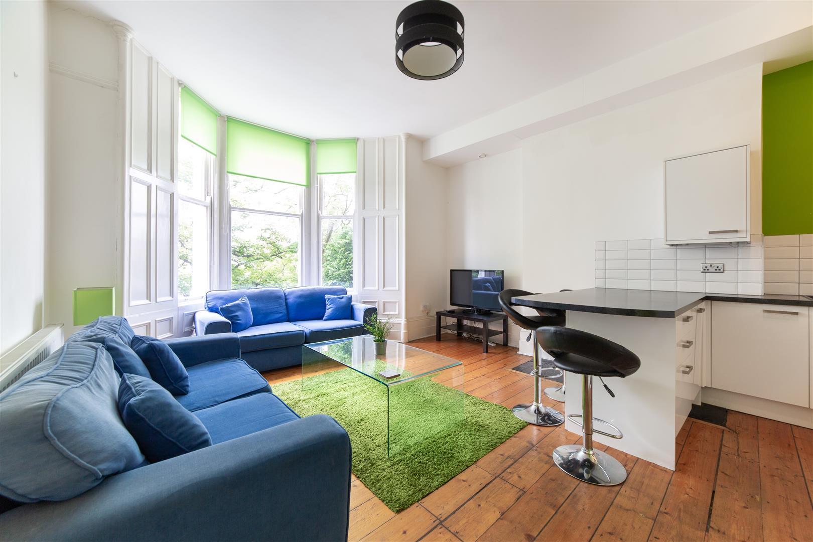 4 bed apartment to rent in 87 Jesmond Road, Jesmond, NE2