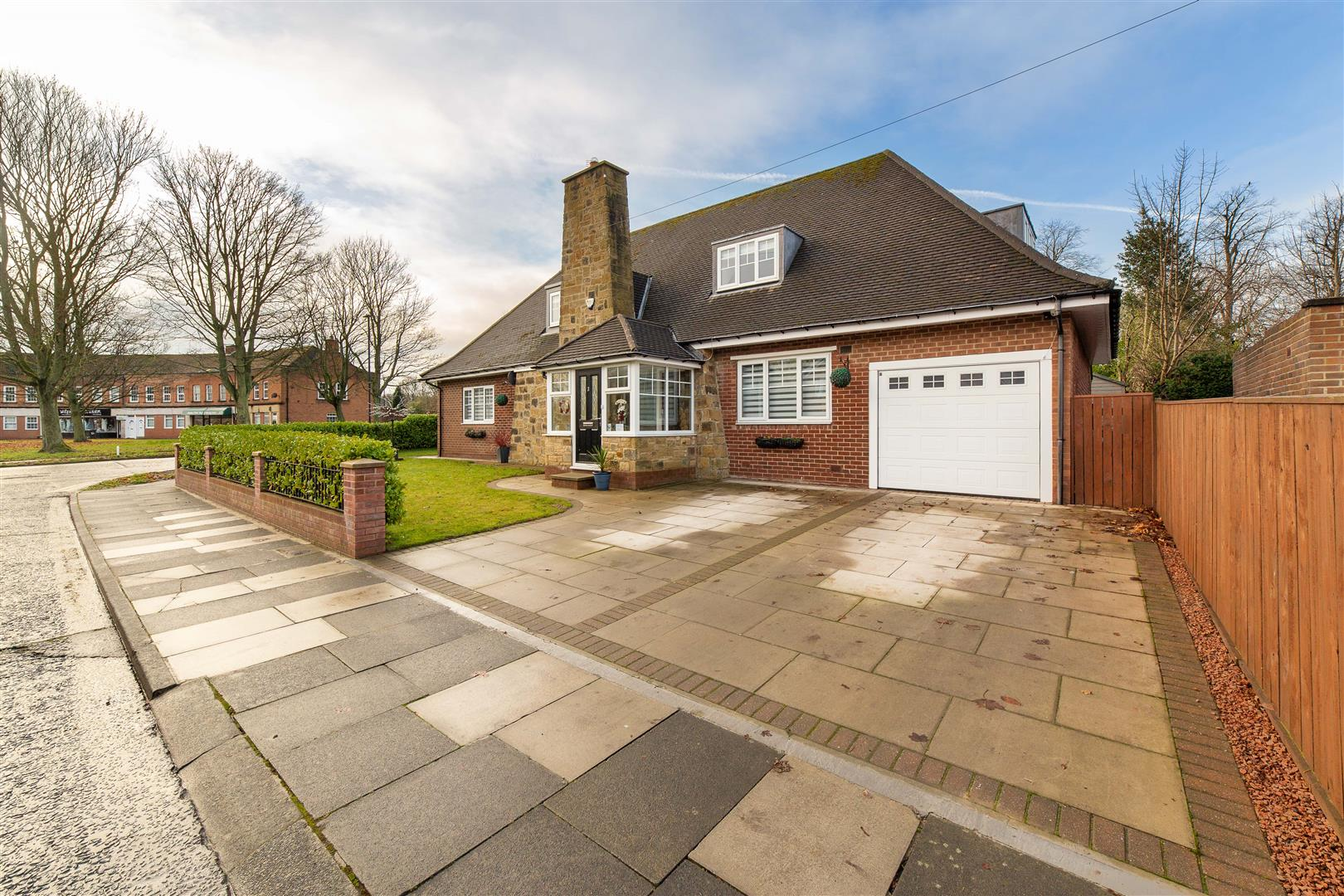4 bed detached house for sale in Melton Park, NE3 5TA - Property Image 1