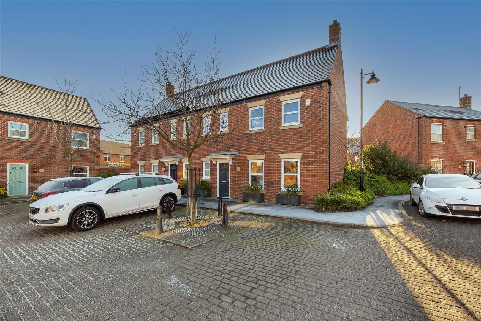 3 bed semi-detached house for sale in Newcastle Upon Tyne, NE3 5RA, NE3