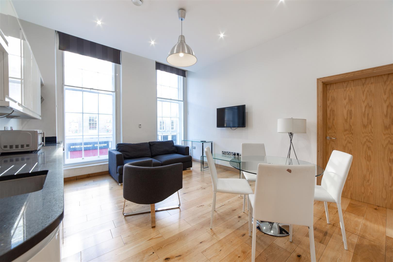 2 bed apartment to rent in Grainger Street, City Centre, NE1
