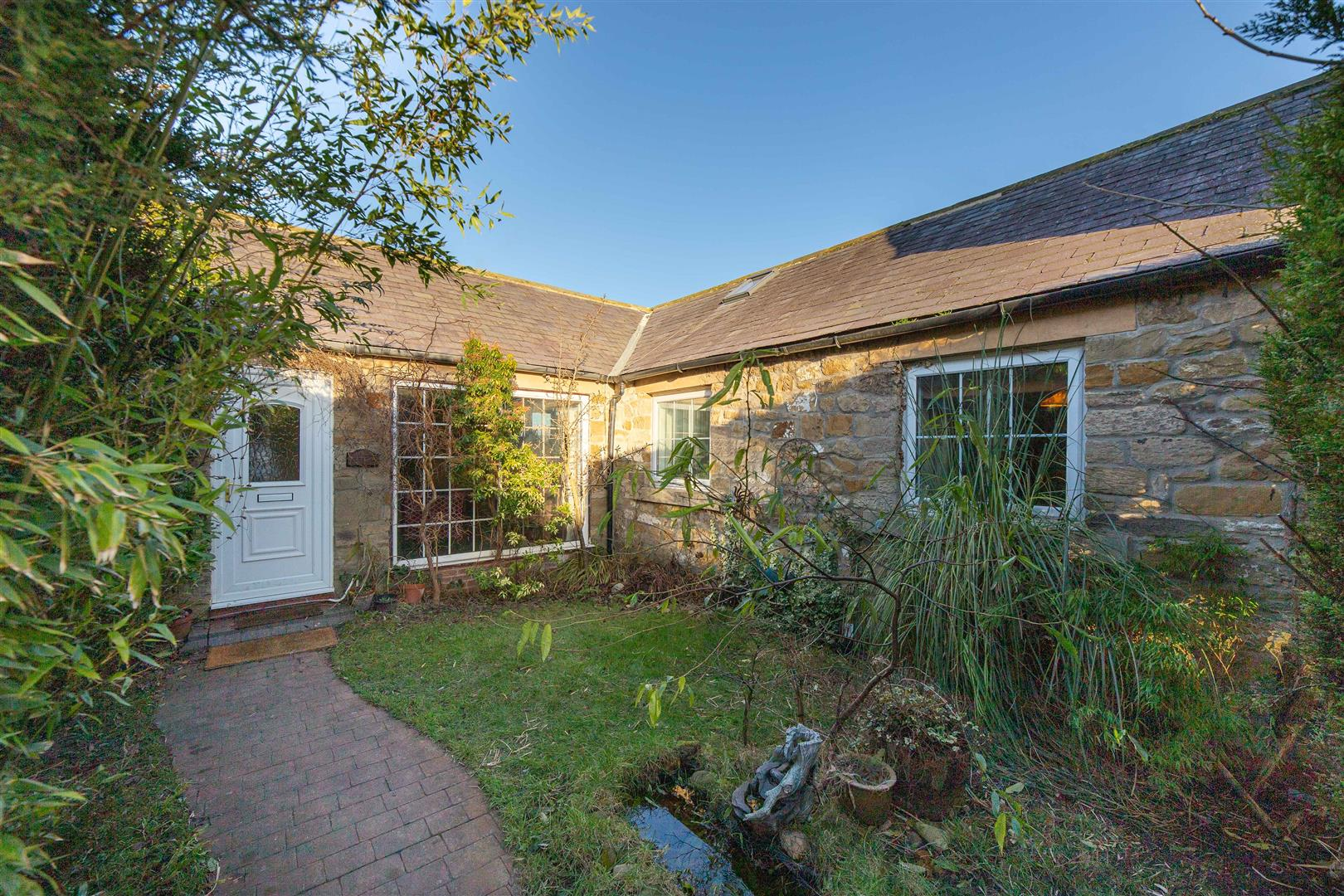 3 bed semi-detached bungalow for sale in Great Park, NE13 9NR, NE13