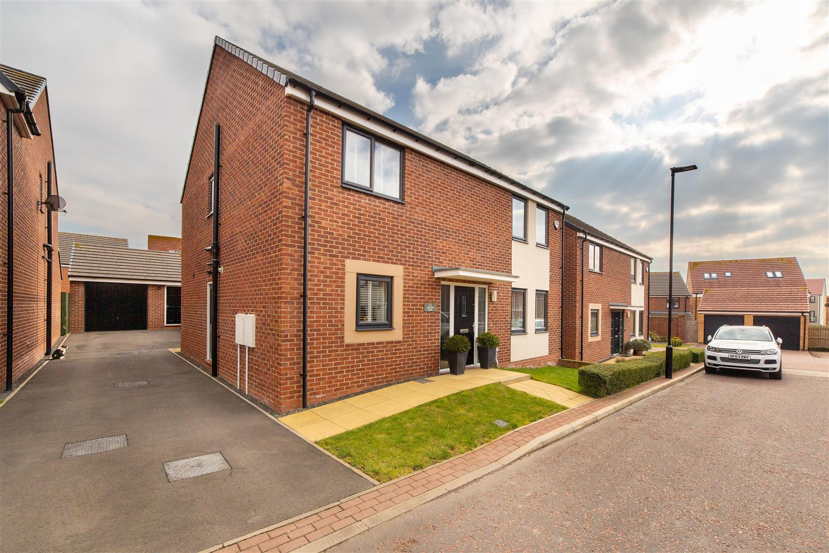 3 bed detached house for sale in Ashwood Close, Great Park - Property Image 1