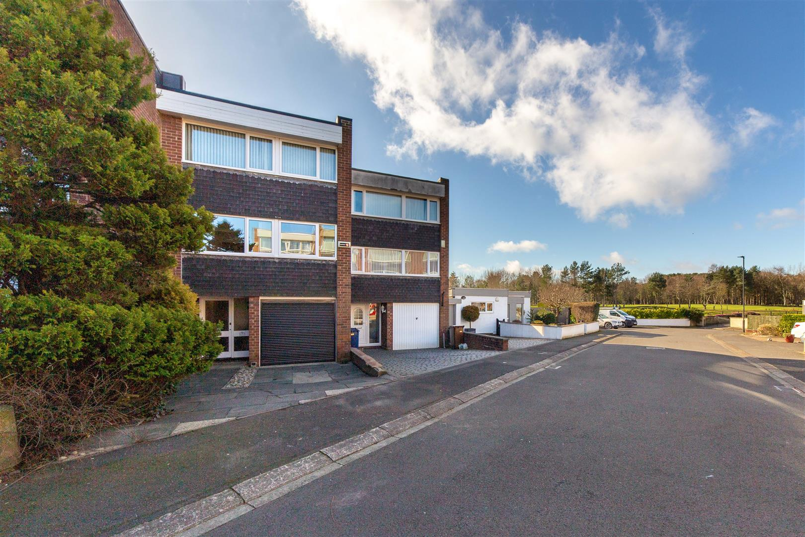3 bed terraced house for sale in Fairway Close, Brunton Park, NE3