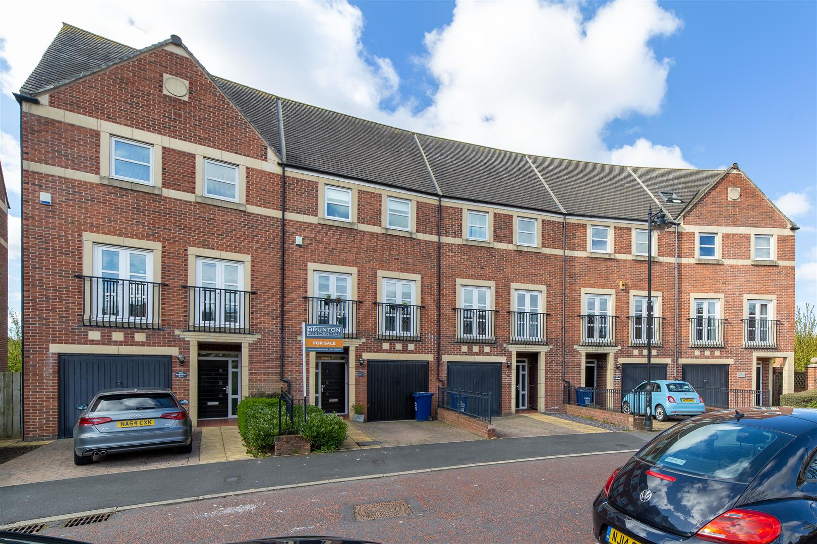 4 bed town house for sale in Featherstone Grove, Great Park, NE3