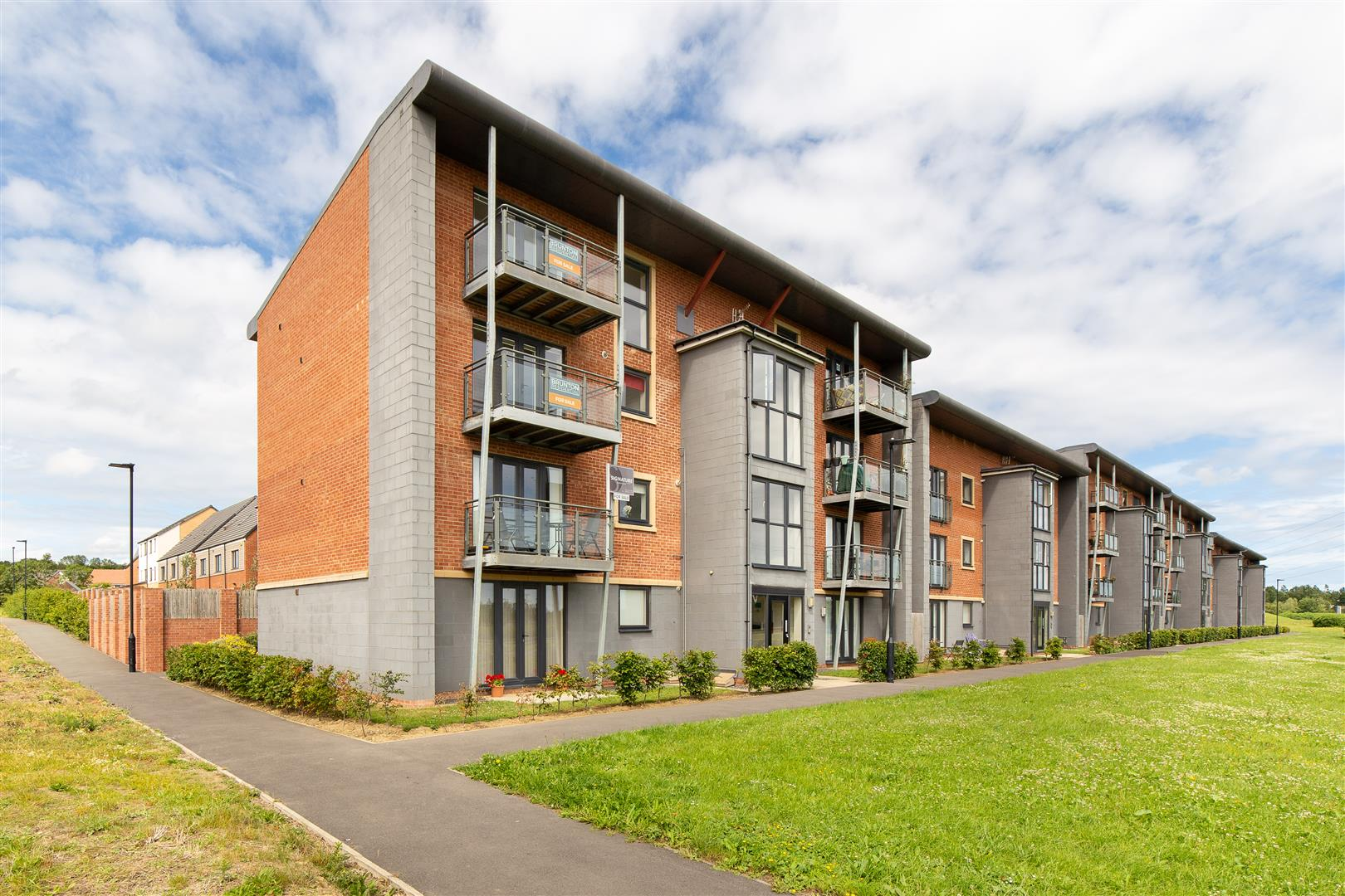 2 bed flat for sale in Elmwood Park Court, Great Park  - Property Image 1