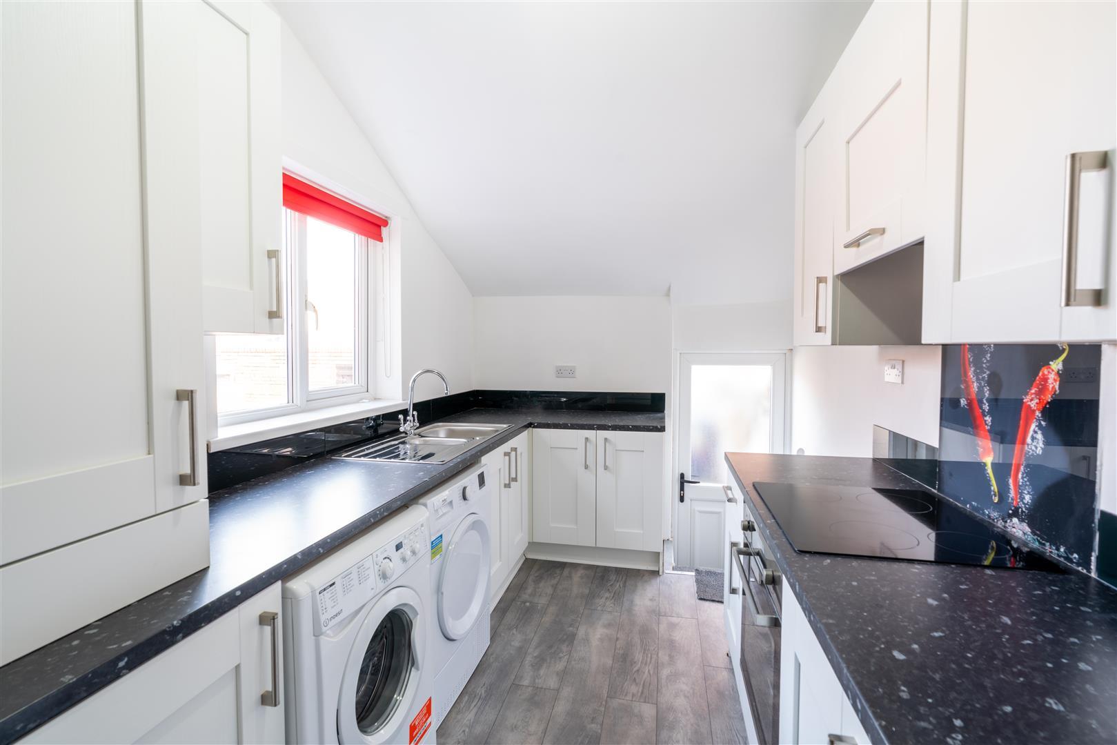 4 bed maisonette to rent in Gateshead, NE8 3TS, NE8