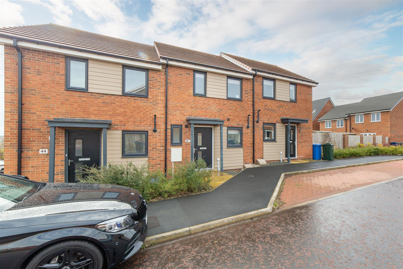 2 bed terraced house for sale in Osprey Walk, Great Park - Property Image 1