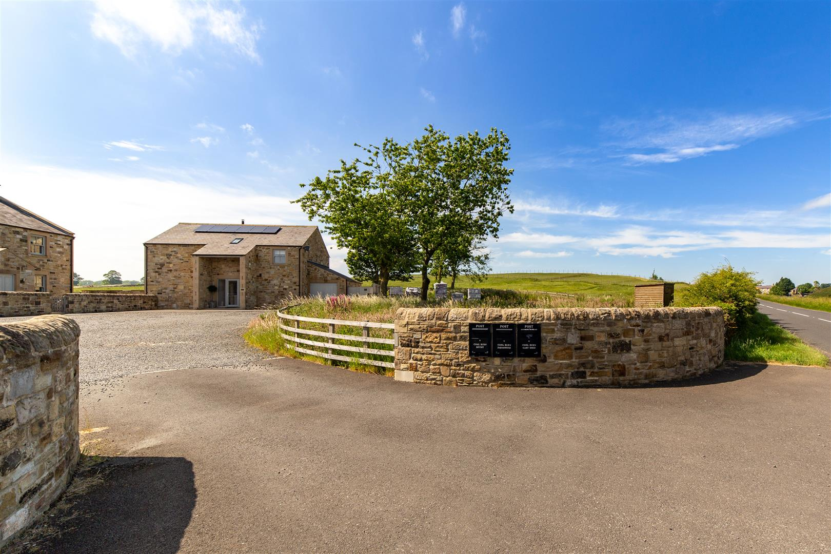 4 bed detached house for sale, Hexham 5