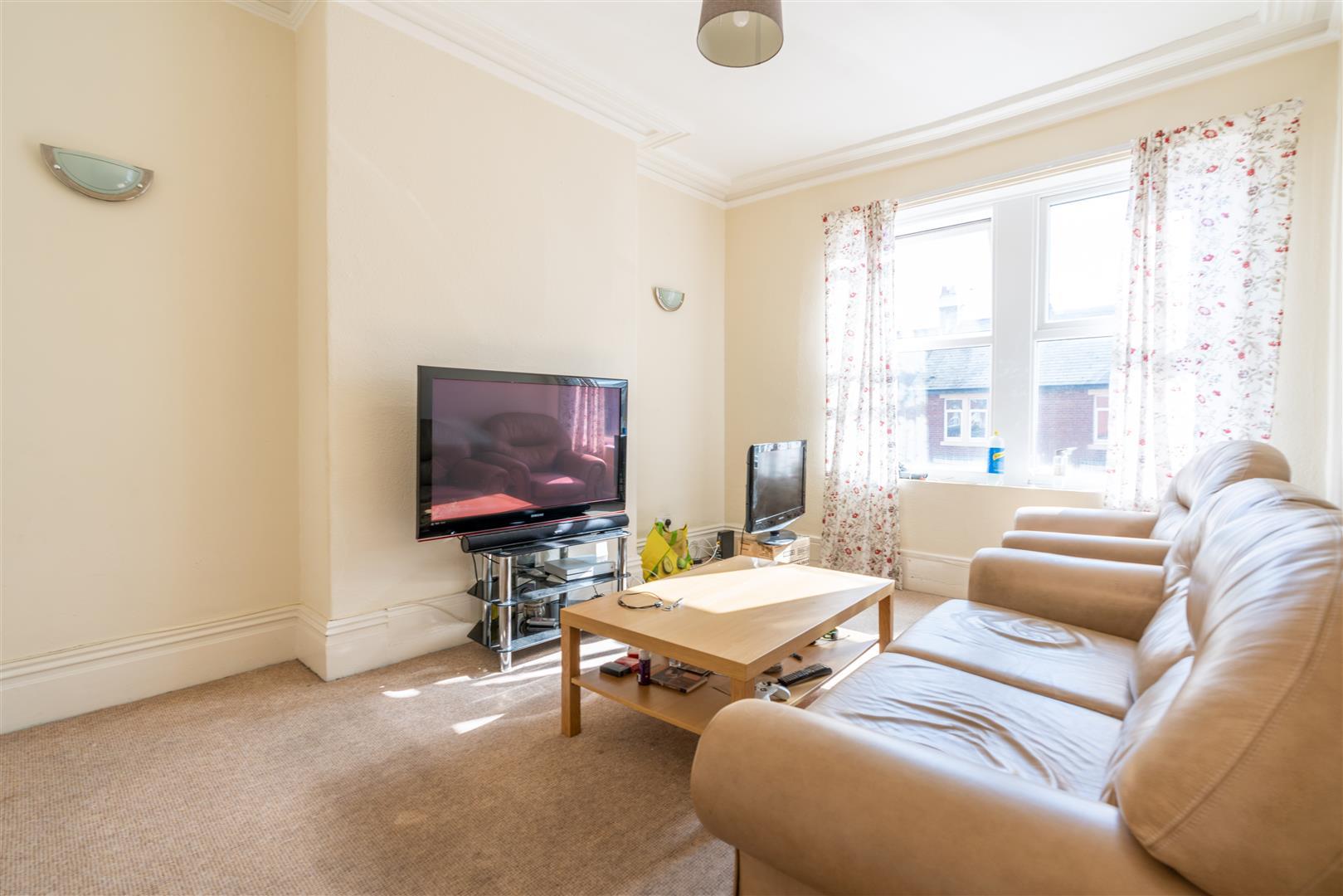 3 bed maisonette to rent in Rothbury Terrace, Heaton, NE6