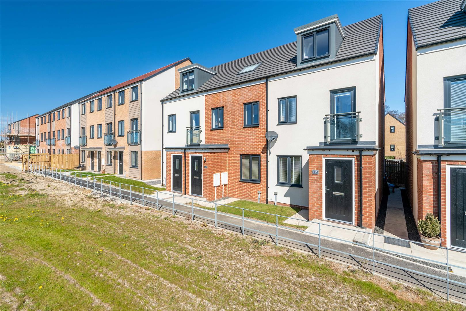 3 bed town house for sale in Willowbay Drive, Great Park, NE13