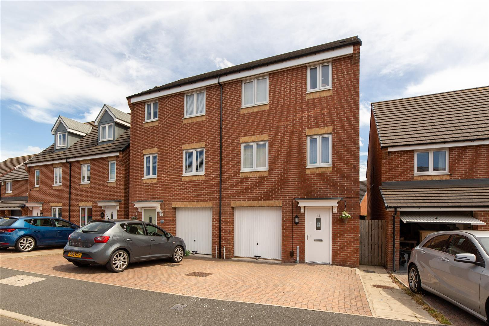 4 bed town house for sale in Brookville Crescent, Westerhope - Property Image 1