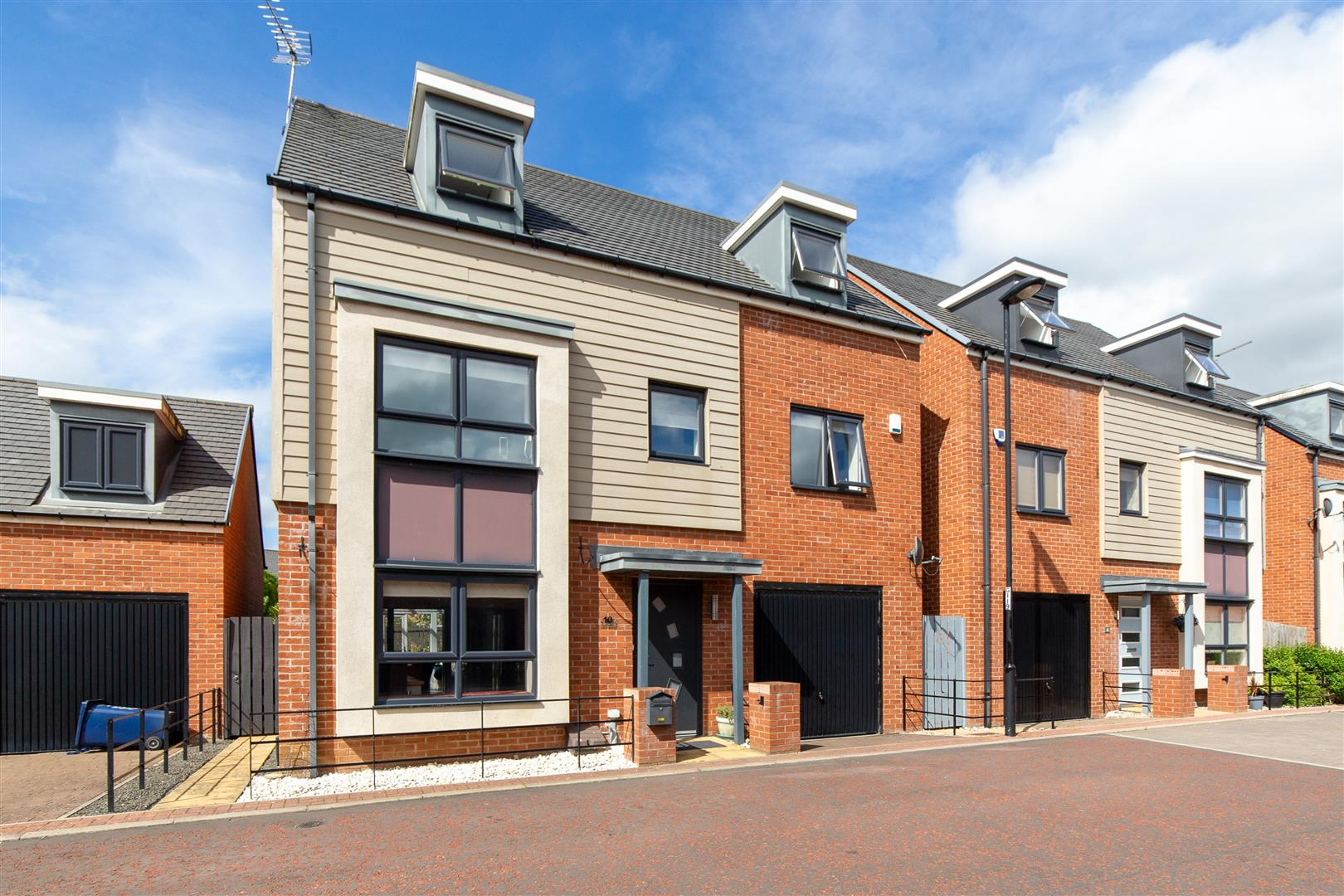 5 bed detached house for sale in Kimmerstone Road, Newcastle Upon Tyne, NE13