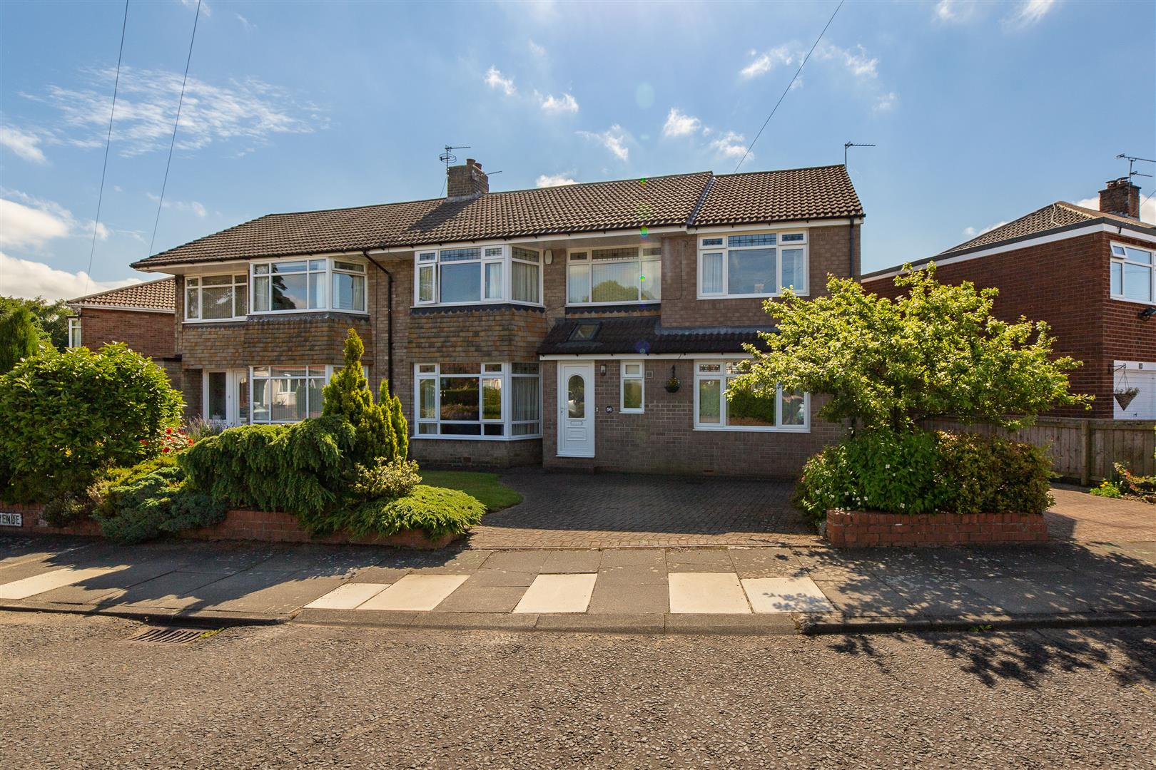 5 bed semi-detached house for sale in Easedale Avenue, Gosforth  - Property Image 1
