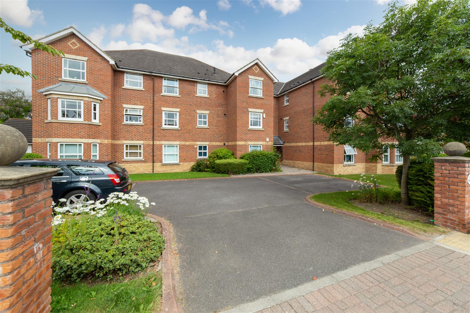 2 bed apartment for sale in Highbridge, Newcastle Upon Tyne, NE3