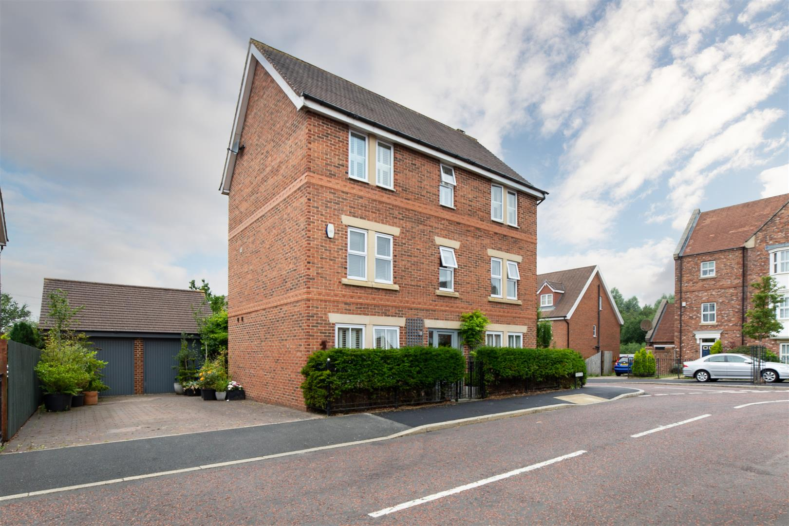 4 bed detached house for sale in Sharperton Drive, Great Park, NE3