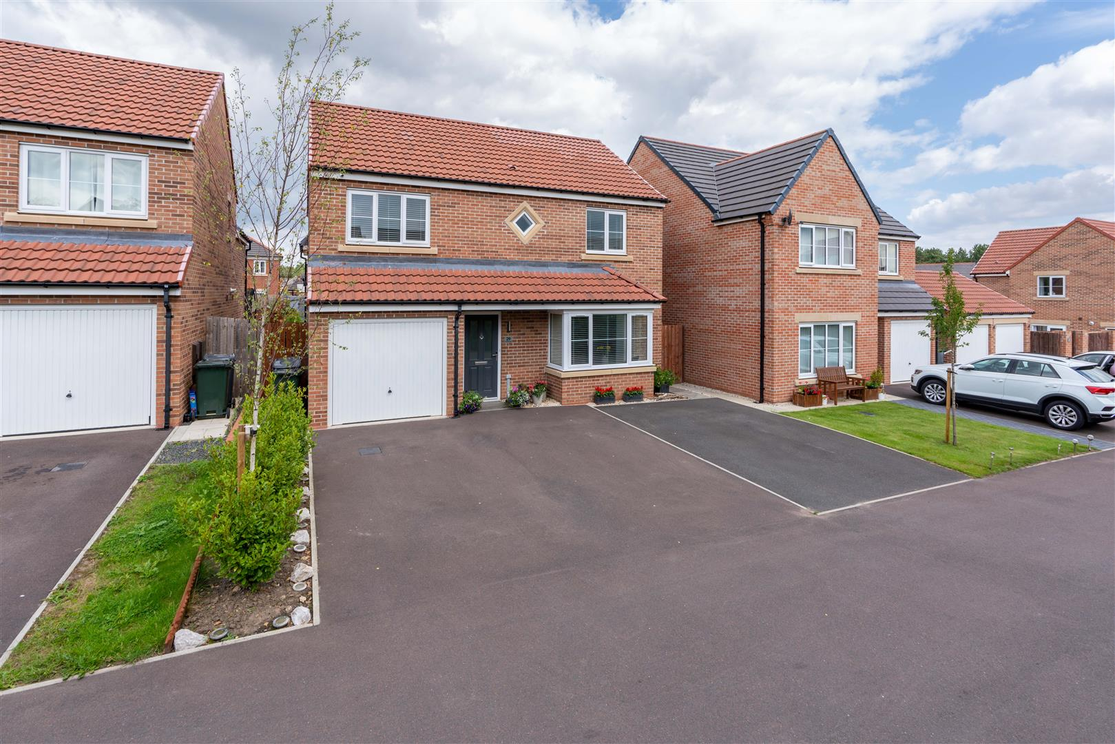 4 bed detached house for sale in Nuthatch Close, Five Mile Park, NE13