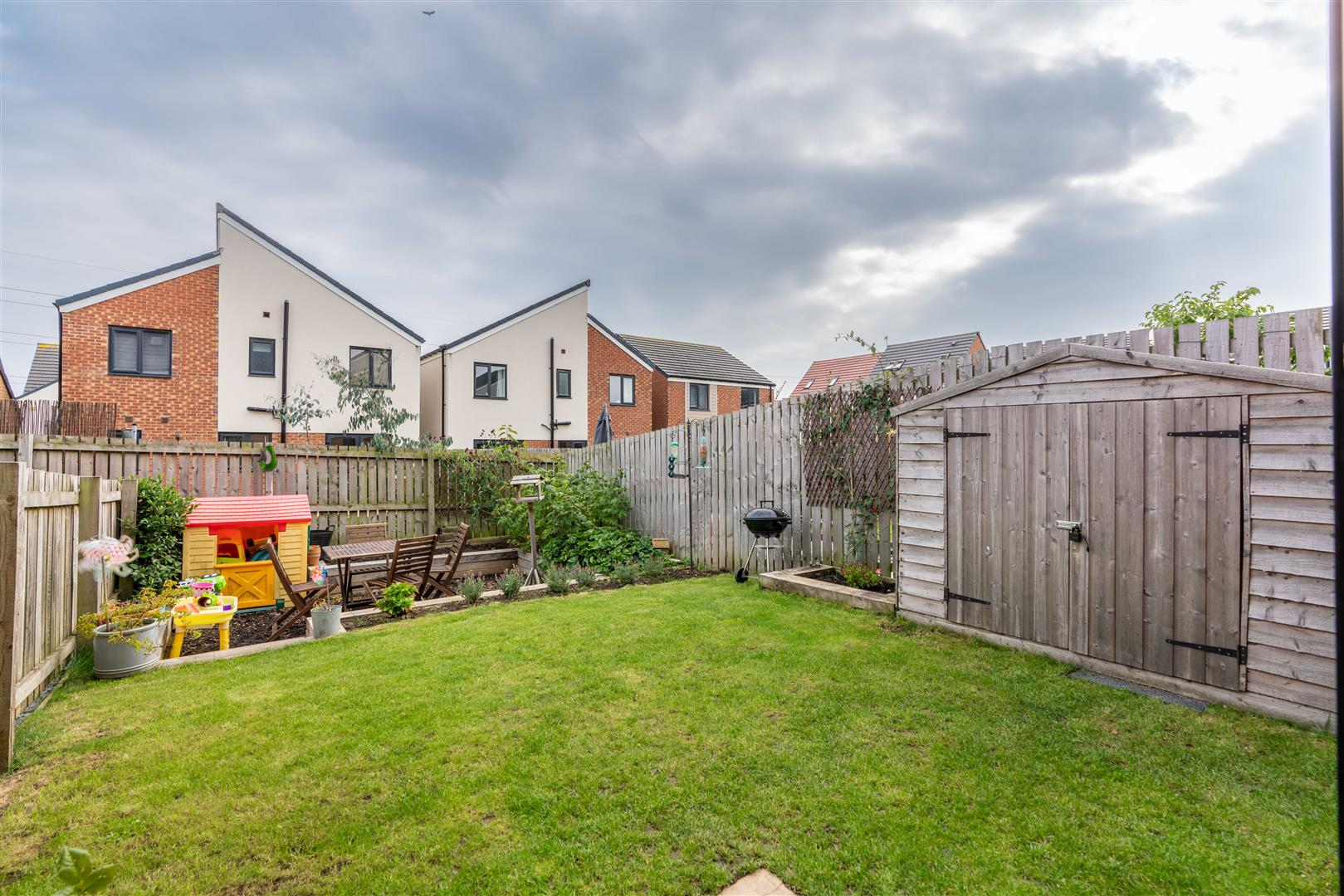 3 bed town house for sale in Greville Gardens, Newcastle Upon Tyne  - Property Image 2