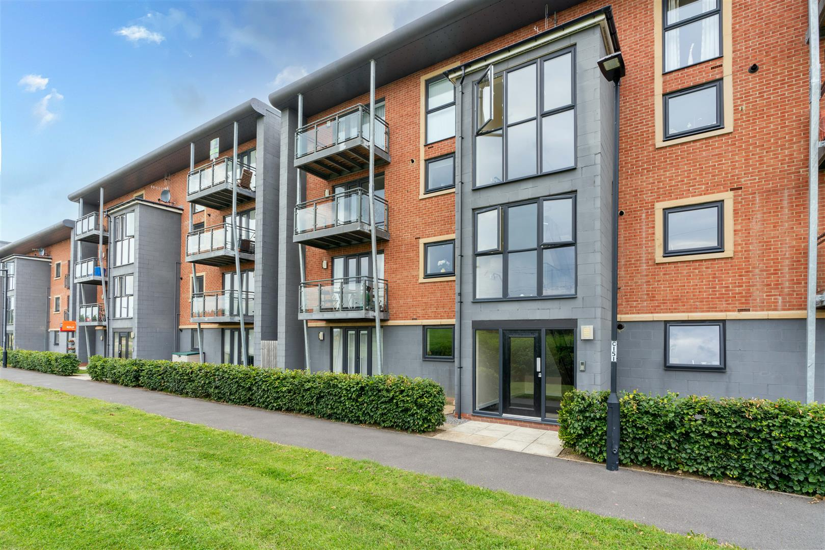 2 bed apartment for sale in Elmwood Park Court, Newcastle Upon Tyne - Property Image 1