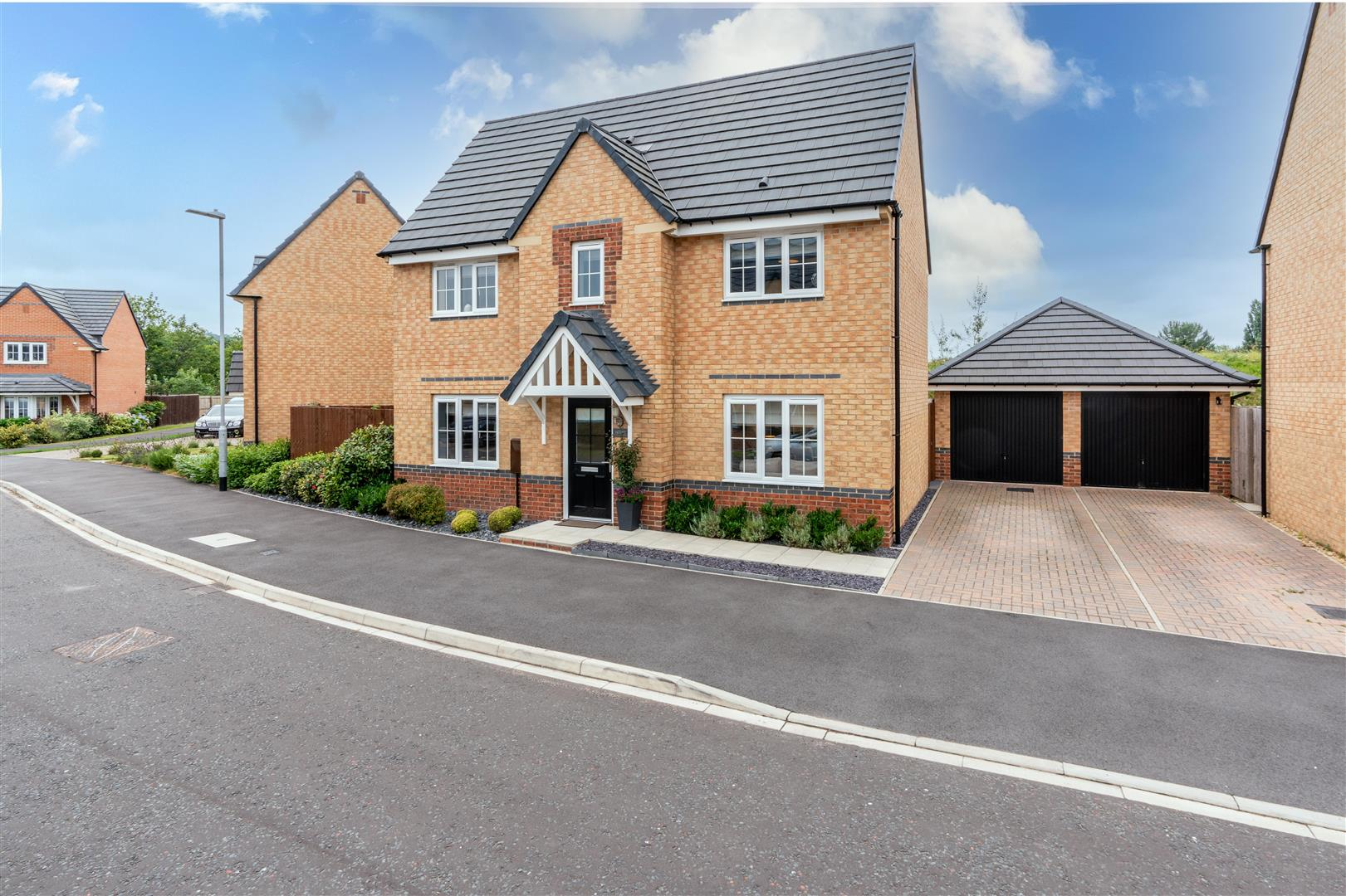 3 bed detached house for sale in Ropery Road, Gateshead  - Property Image 1