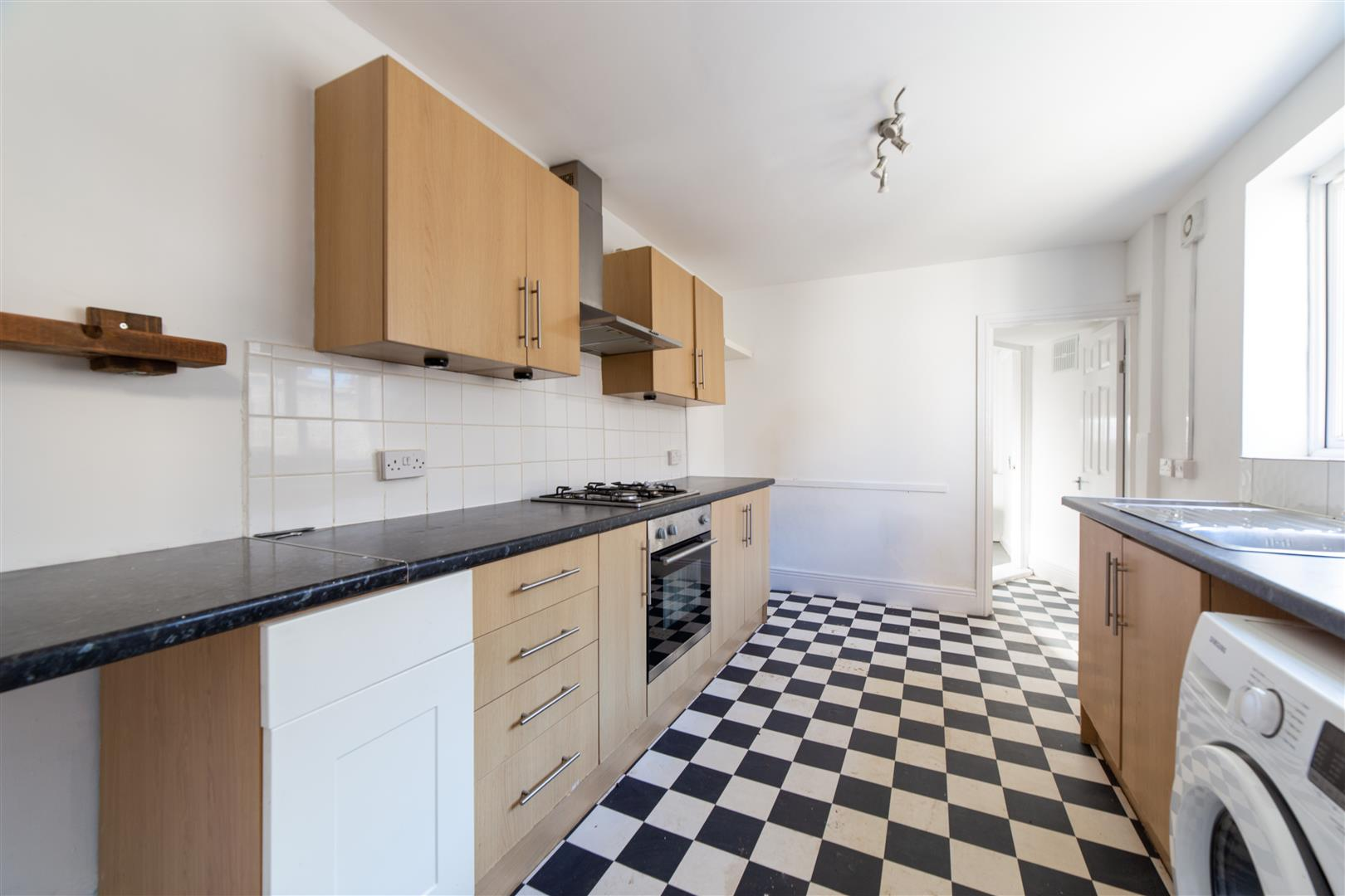 3 bed end of terrace house to rent in Whitby Street, North Shields - Property Image 1