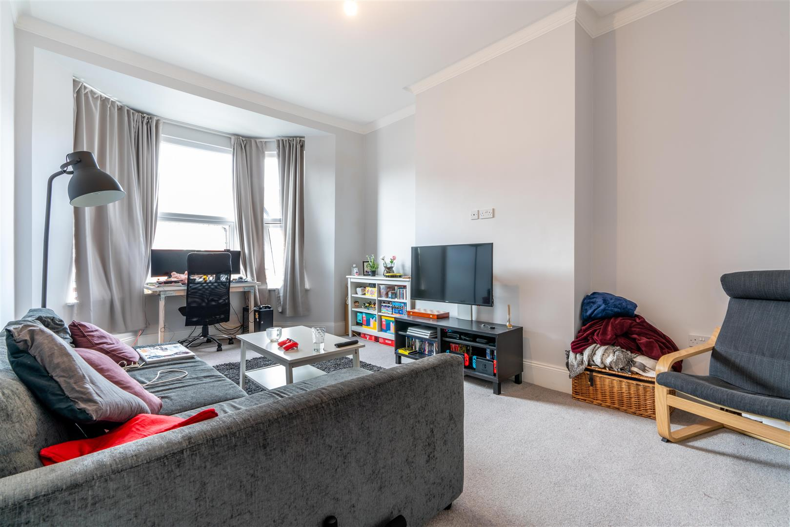 2 bed flat to rent in Sandringham Road, Newcastle Upon Tyne - Property Image 1