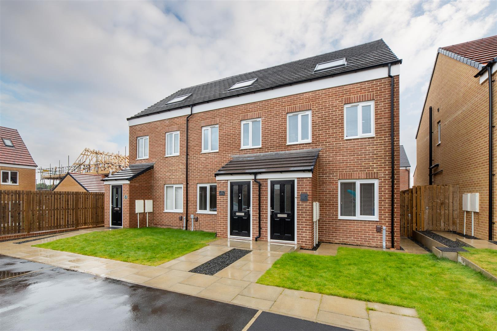 3 bed town house for sale in Oasby Close, Cramlington, NE23