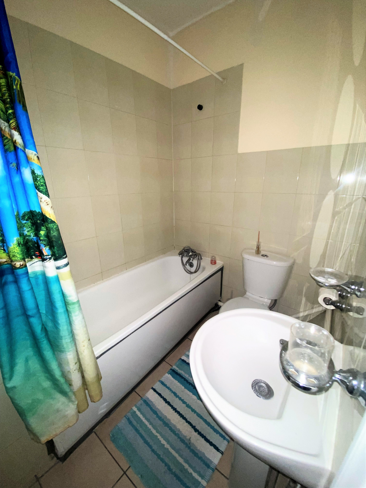 Studio flat to rent in Thornbury road, Osterley, Middlesex 3