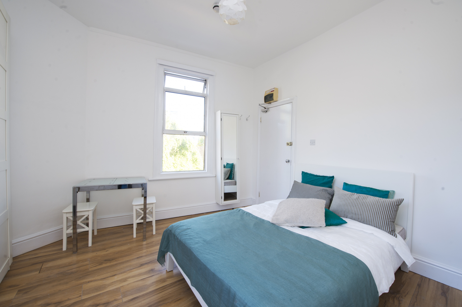 Studio flat to rent in Dalling road, Hammersmith, London  - Property Image 1