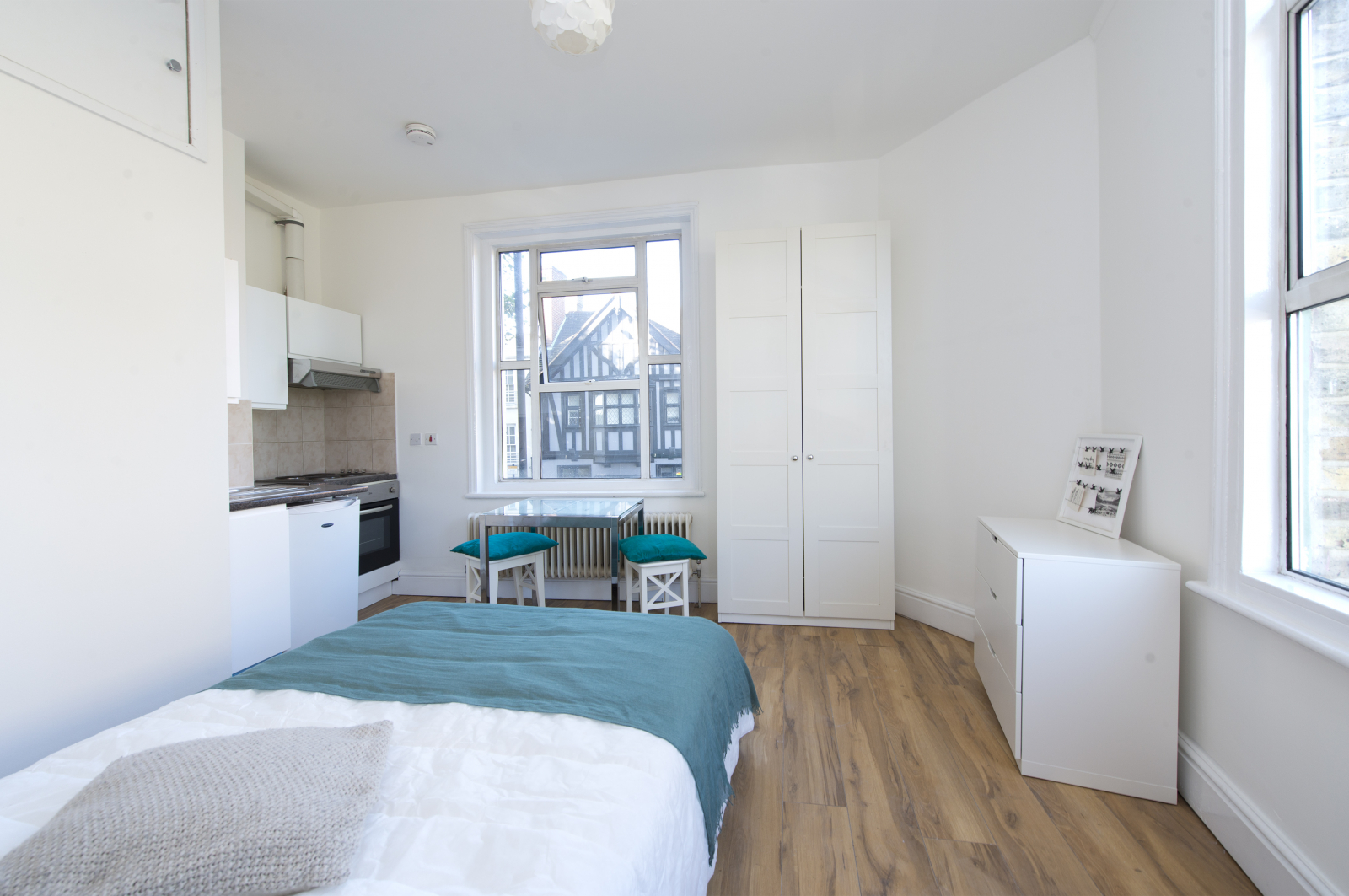 Studio flat to rent in Dalling road, Hammersmith, London 1