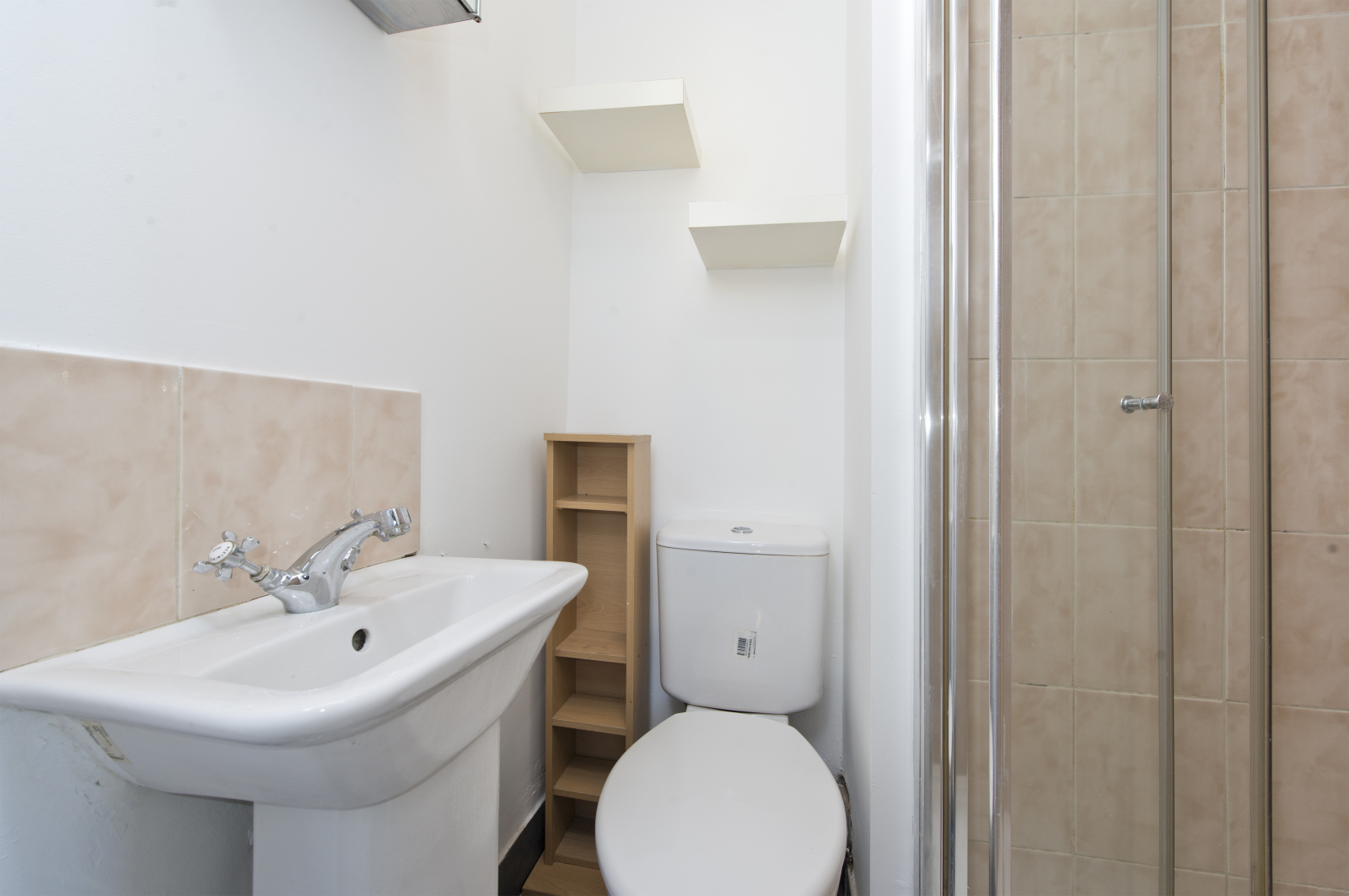 Studio flat to rent in Dalling road, Hammersmith, London 3