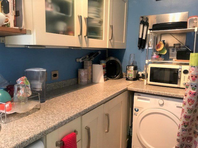 3 bed flat to rent in Trevelyan road, Tooting Broadway, London 5