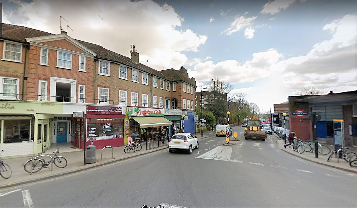 3 bed flat for sale in Central Parade Gunnersbury Avenue, Acton, London  - Property Image 1