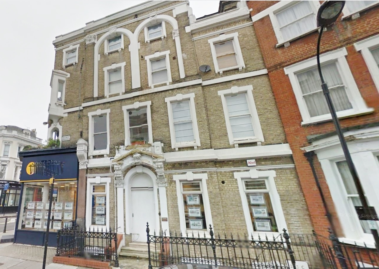 3 bed flat to rent in North End Road, West Kensington, London 6