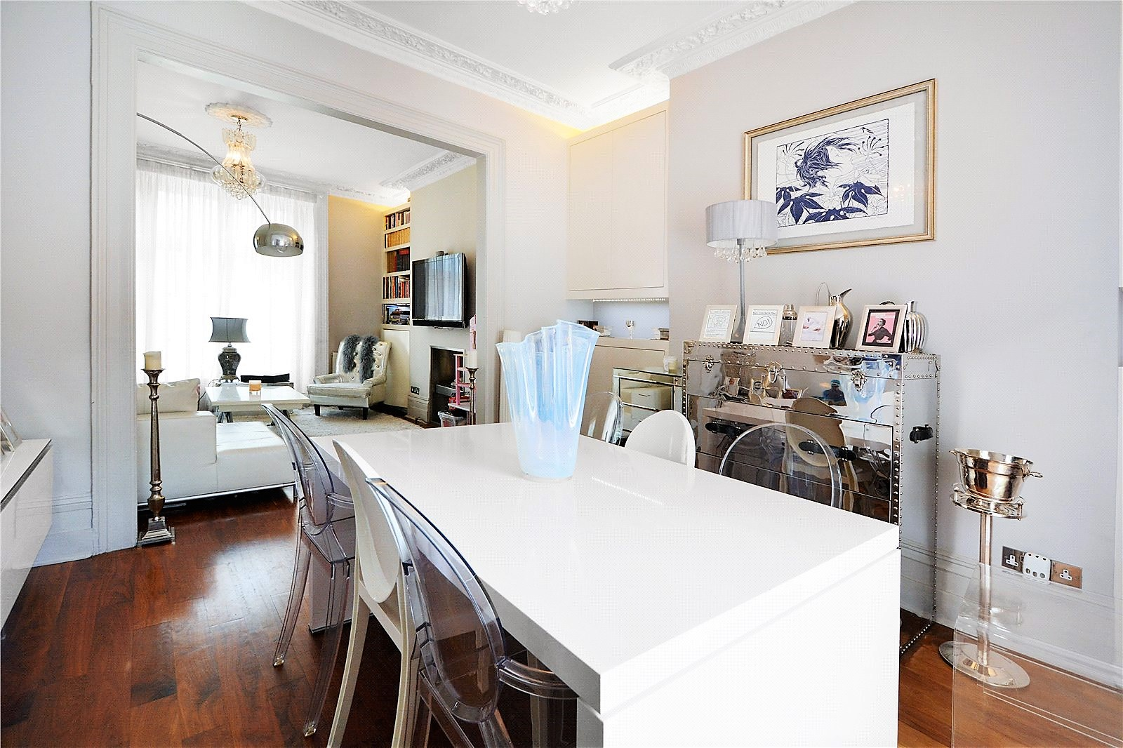 2 bed flat to rent in Gunter Grove, Chelsea, London, SW10