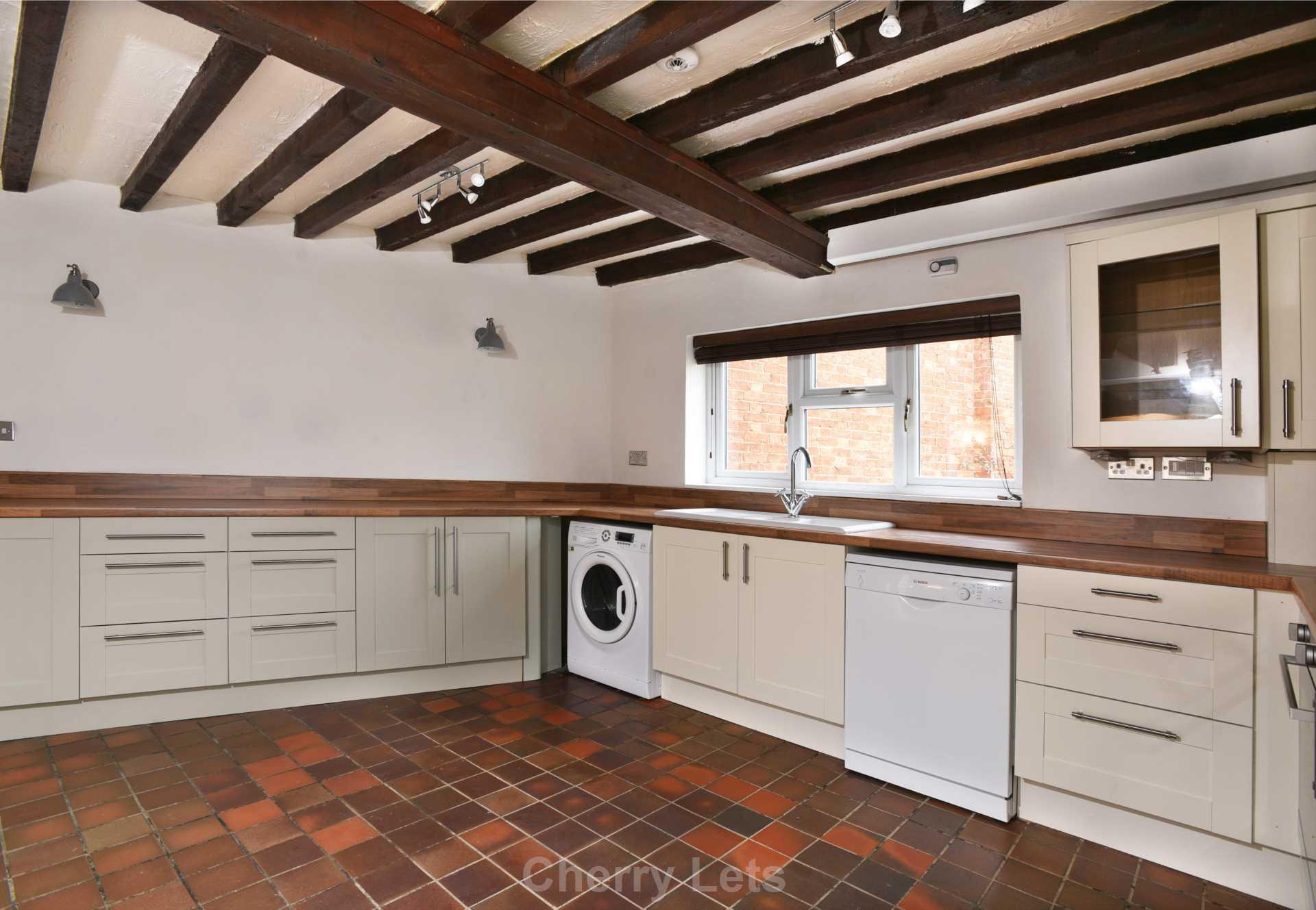 2 bed cottage to rent in Thimble Cottage, Market Place, Deddington, Banbury 2