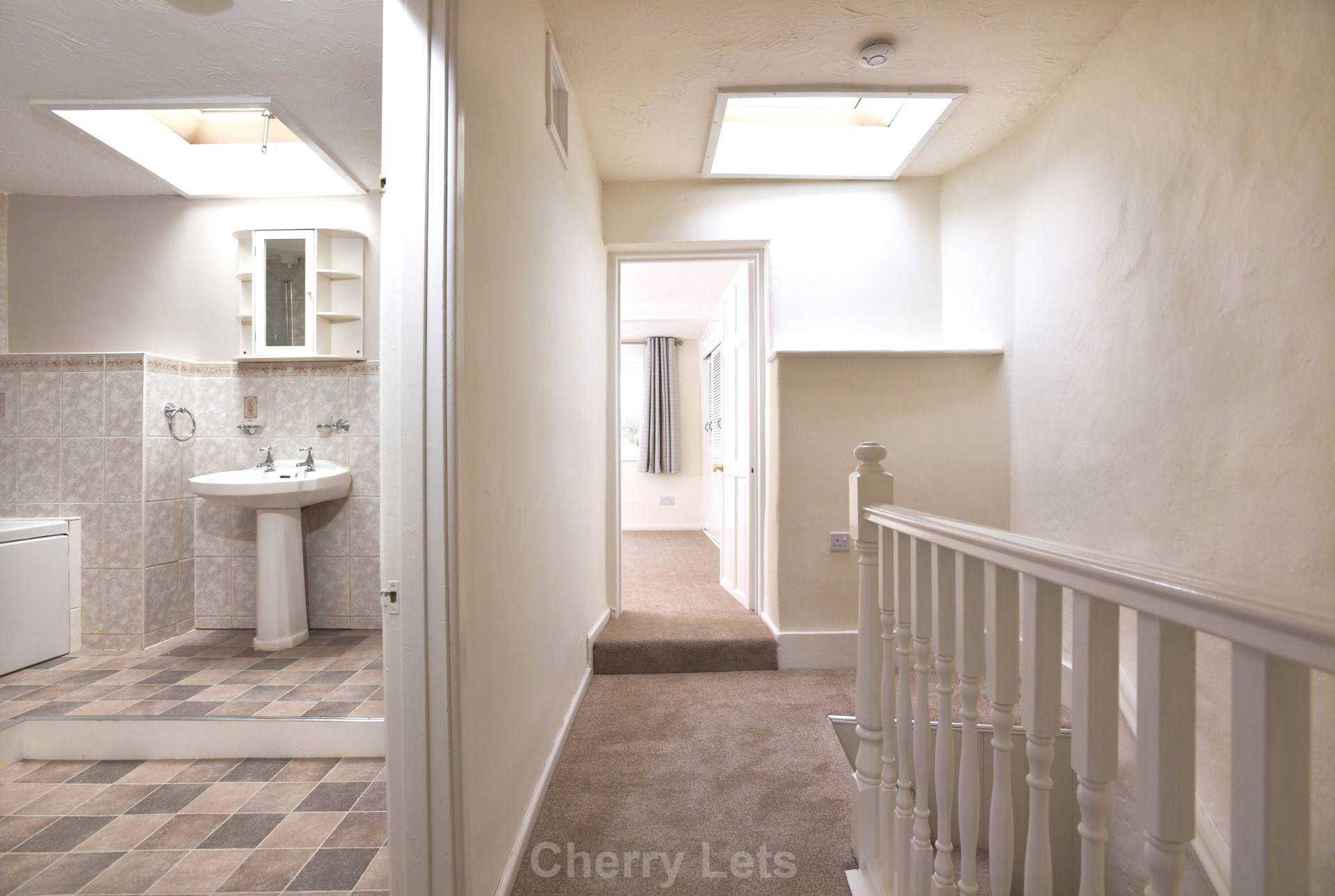 2 bed cottage to rent in Thimble Cottage, Market Place, Deddington, Banbury  - Property Image 8