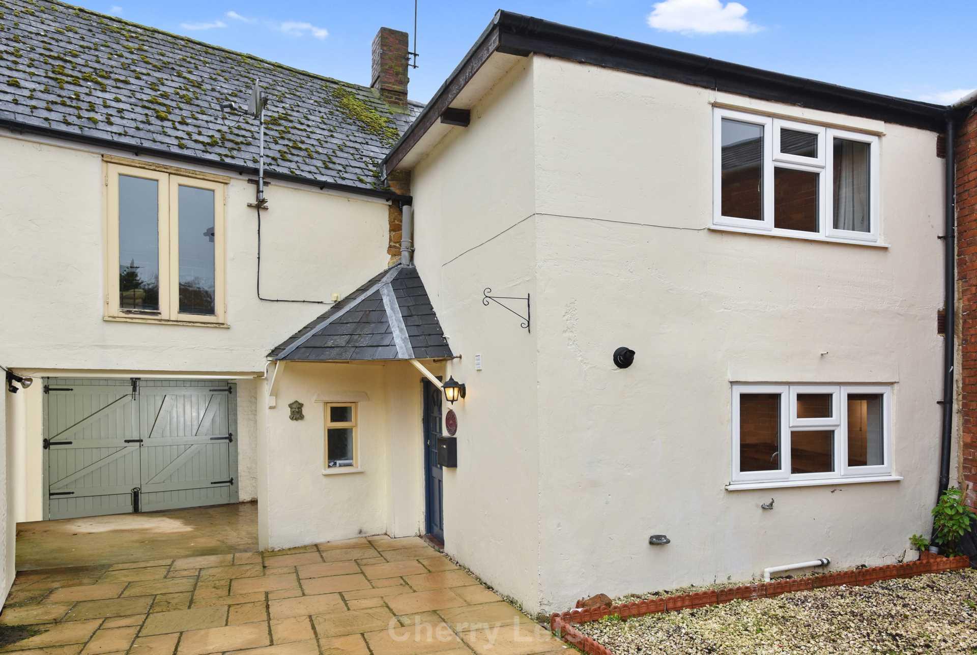 2 bed cottage to rent in Thimble Cottage, Market Place, Deddington, Banbury 9